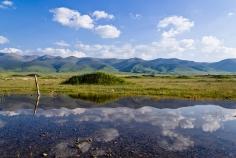 lakeside of mtsho-sngon